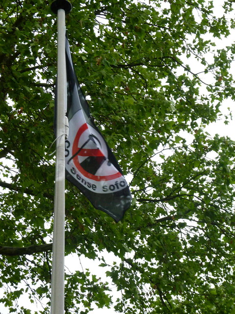 BmU zeigt Flagge Bild 2